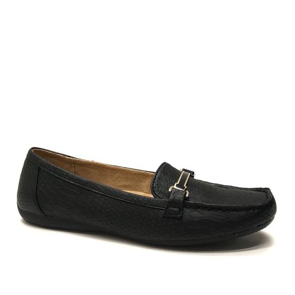 60352f23c1a NATURALIZER Black Moc Toe Loafers 9.5 M